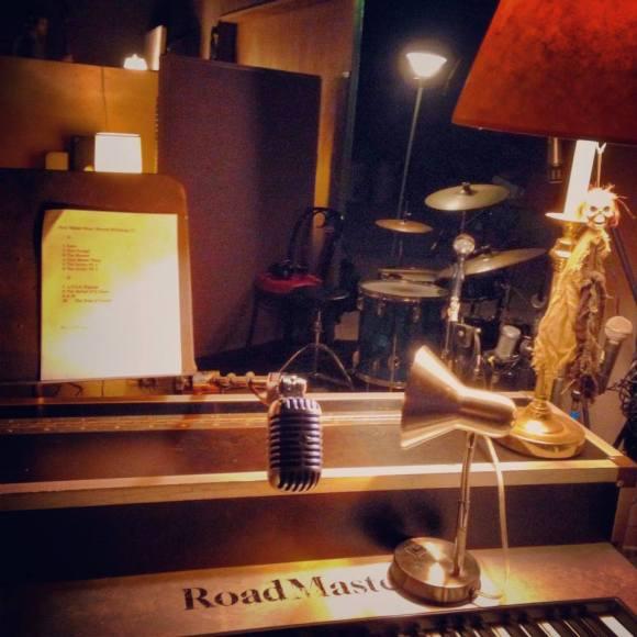 TS piano